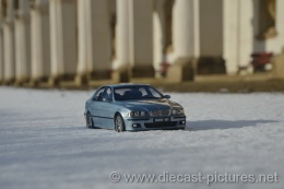 BMW M5 E39 Blue Otto Models 1:18