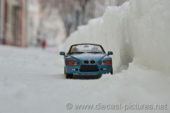BMW Z3 E36 Blue UT Models 1:18